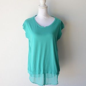 Two by Vince Camuto Green Sleeveless Shirt Medium